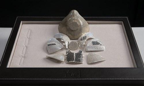 دنیا کا مہنگا ترین ڈائمنڈ ماسک تیار کرلیا گیا