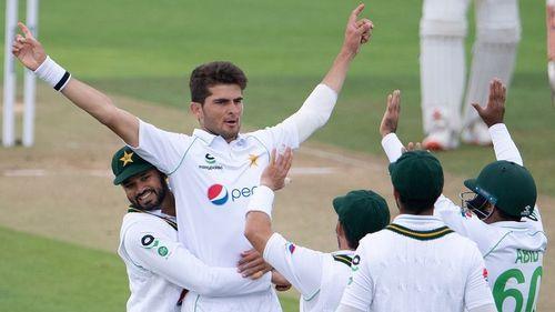 Afridi strikes before rain stops England-Pakistan 2nd Test again