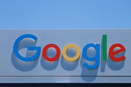 Google must talk to French publishers about paying for their content, court says