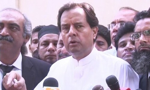 Safdar vows to visit Mazar-e-Quaid every Oct 18 and raise slogans