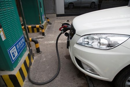 China expects sales of NEV to make up 20% of total new sales by 2025