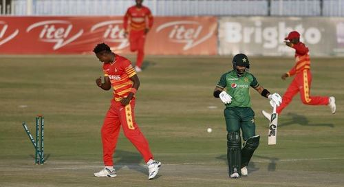Muzarabani stars as Zimbabwe beat Pakistan in Super Over