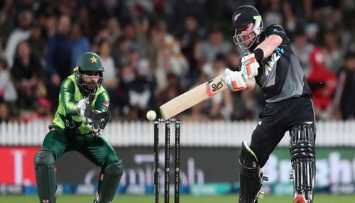 Seifert leads New Zealand home to wrap up Pakistan T20 series