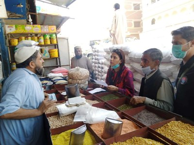 Flour bags seized along with supply truck selling flour at higher price