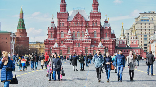 Russia population shrinks by 113,000