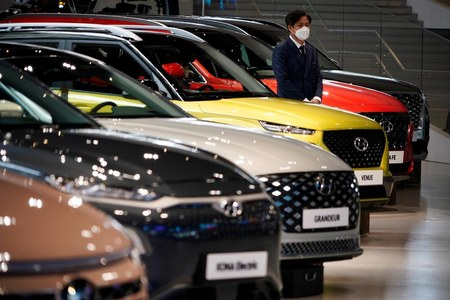 Hyundai faces production disruption from April due to chip shortage - FT