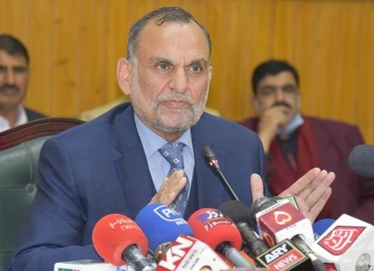 Railway ministry to give Rs1.5m to deceased's families in Ghotki train accident