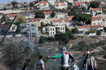 Israeli gov't, settlers reach deal over West Bank outpost