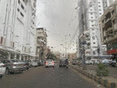 Karachi receives first monsoon rain & power outages