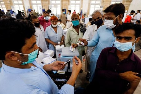 Pakistan reports 4,537 Covid cases, 86 deaths