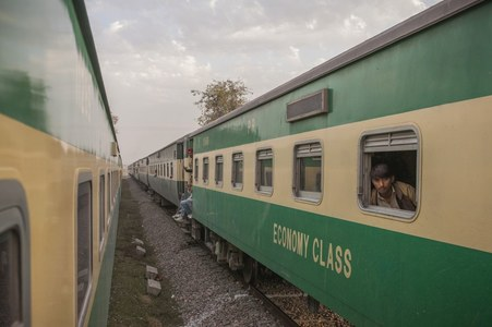 From Oct 30, only vaccinated can travel by train: Asad Umar