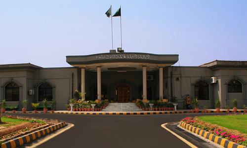 اسلام آباد ہائیکورٹ کا کچی آبادیوں کا سروے کر کے رپورٹ جمع کرانے کا حکم