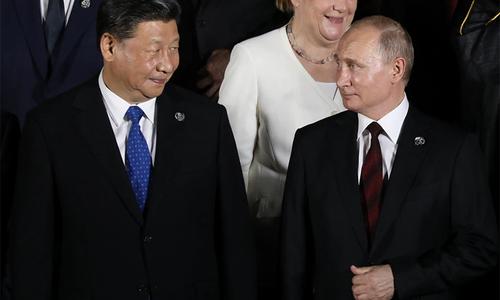 روسی صدر پیوٹن اور چینی صدر شی کے درمیان ٹیلی فونک رابطہ، افغانستان کی صورتحال پر تبادلہ خیال