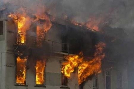 Factory fire in Korangi kills at least 14 workers
