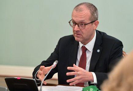 Coronavirus booster shots 'not a luxury', WHO Europe head says