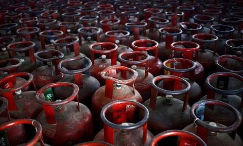 اوگرا: ایل پی جی کی قیمت میں اضافہ