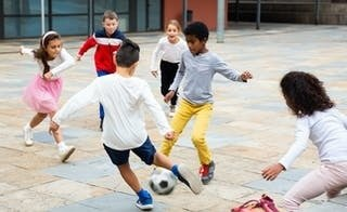 Kids' fitness is at risk while they miss sport and hobbies — but mums are getting more physical