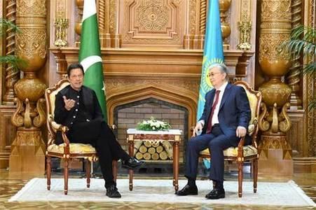 وزیراعظم کی قازقستان کے صدر سے ملاقات، افغانستان کی صورتحال پرگفتگو