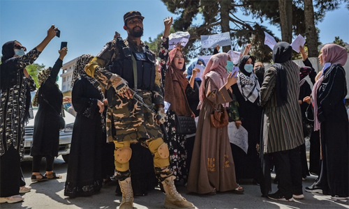 'طالبان خواتین اور حقوقِ انسانی کے متعلق وعدوں کو توڑ چکے ہیں'