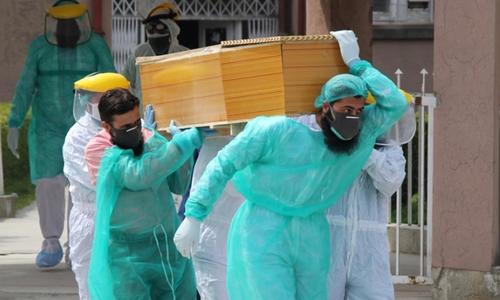 پاکستان میں کورونا وائرس سے مزید 56 اموات، 1,411 نئے کیسز رپورٹ