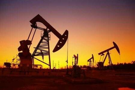 عالمی منڈی میں خام تیل کی قیمت 3 سال کی بلند ترین سطح پر