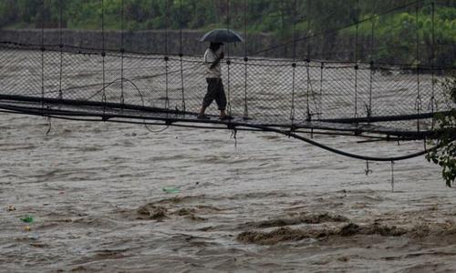 نیپال میں سیلاب اور لینڈ سلائیڈنگ سے 43 افراد ہلاک