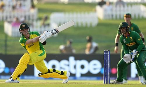 ورلڈ ٹی ٹوئنٹی: آسٹریلیا نے جنوبی افریقا کو 5 وکٹوں سے شکست دے دی