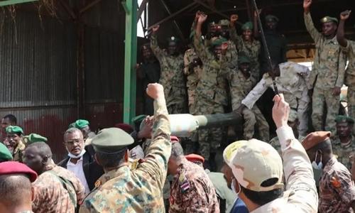 ملک میں 'جمہوریت' کودرست راستے پرگامزن کرنے کےلئے گرفتاریاں کی گئی ہیں:سوڈانی فوج