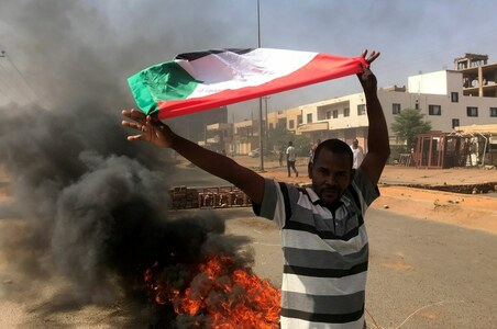Doctors, oil workers to join disobedience movement against Sudan military takeover