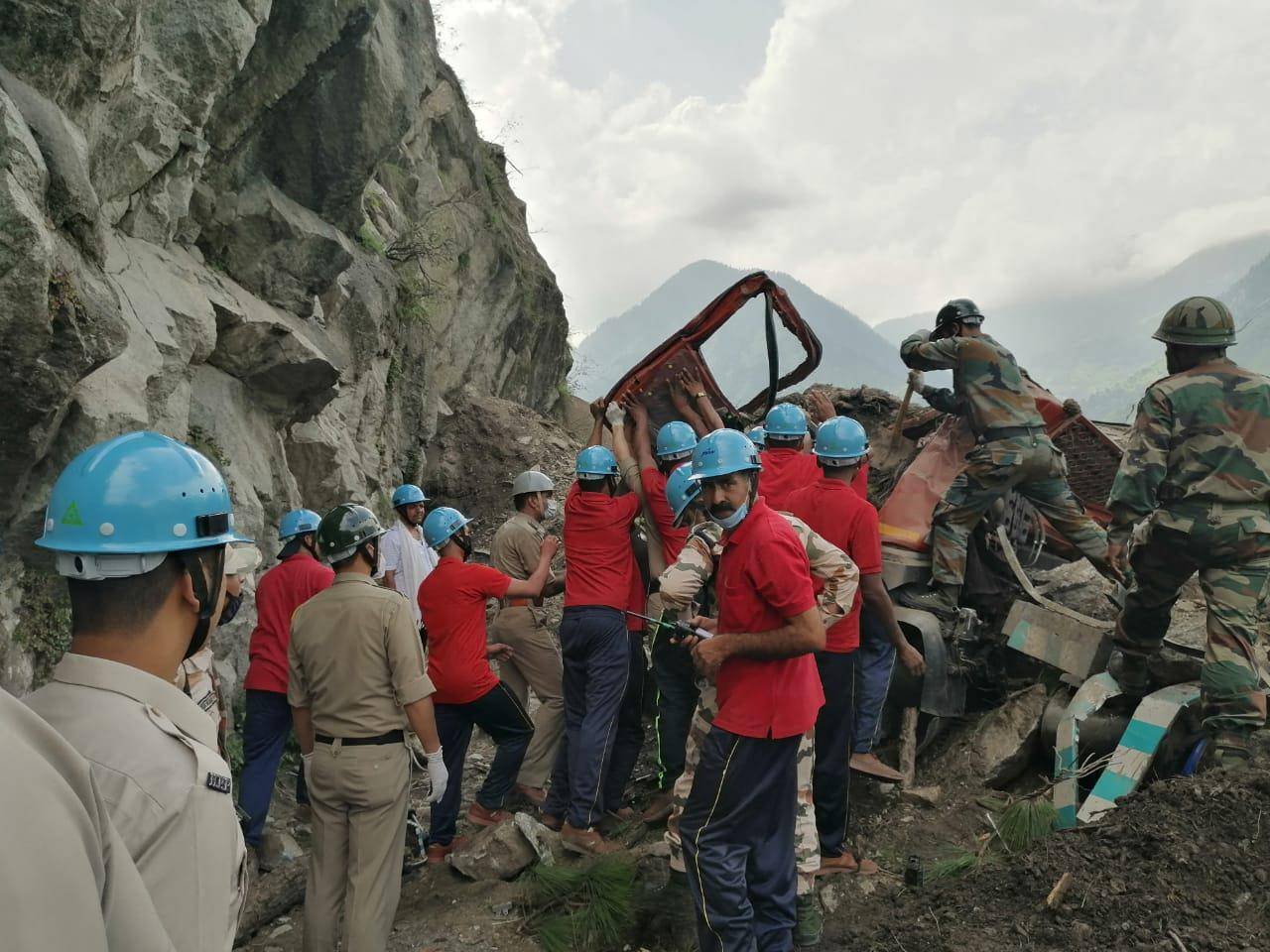 10 dead, 60 people feared trapped in India landslide