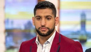 Boxer Amir Khan claims to have been banned by American Airlines