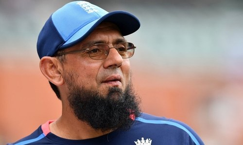 Saqlain asks ICC, PCB to honour Aleem Dar