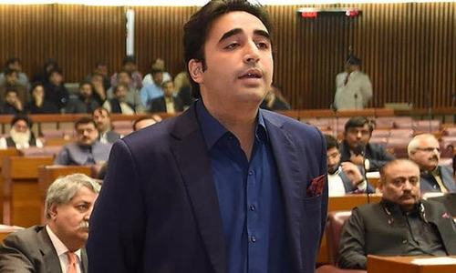 PM should put himself in quarantine and stop taking notices: Bilawal