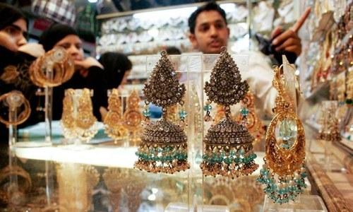 ملک میں فی تولہ سونا 1 لاکھ 4 ہزار 800 روپے کا ہوگیا