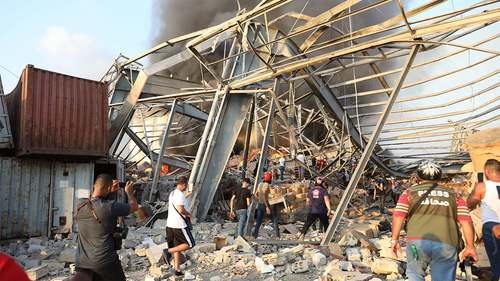 Atleast 100 dead, 4000 wounded as huge explosions takes place in Beirut