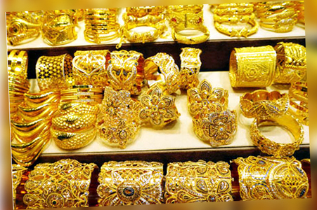 Gold price increase Rs 400 to Rs 123,900 per tola