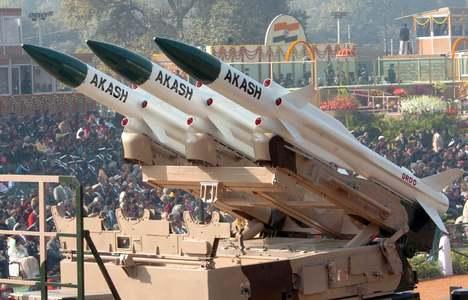 بھارت فوجی سازو سامان کی 100 سے زائد مصنوعات کی درآمد پر پابندی عائد کرے گا