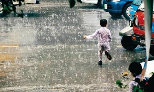 کراچی سمیت سندھ کے مختلف اضلاع میں آج بارش کی پیشگوئی