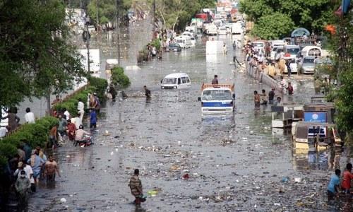 کراچی والوں کےلئےبارش رحمت یا زحمت