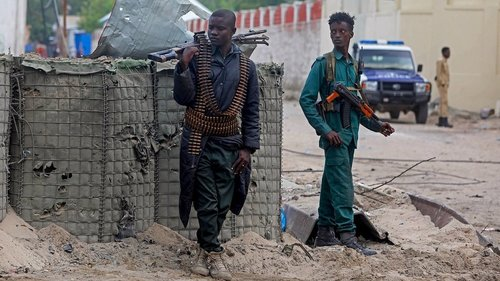 At least six dead after suicide bomber attacks restaurant in Somali capital