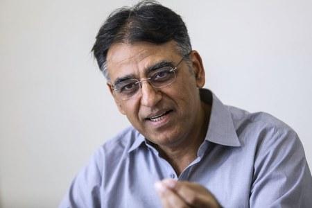 NCOC finalises coronavirus vaccine procurement recommendations, says Asad Umar