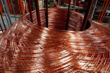 Copper rises as stimulus hope fuels risk sentiment