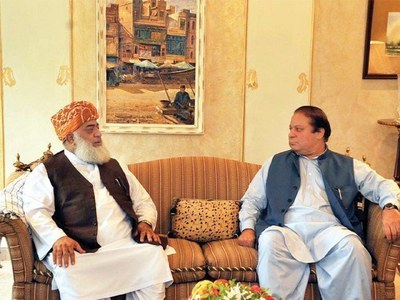 PDM: Fazal asks Nawaz to return to Pakistan as opposition alliance postpones long march