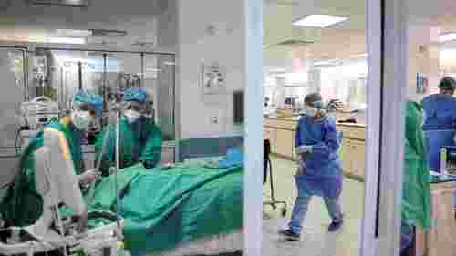 Covid overwhelms ICUs in Syrian capital