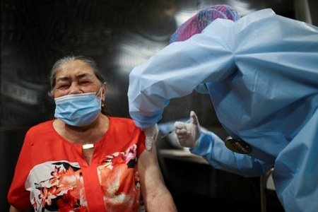 Colombia to allow private imports of COVID-19 vaccine, but shots must be free