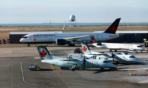 Air Canada signs C$5.9 billion government aid package, agrees to buy Airbus, Boeing jets