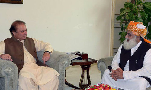 Nawaz, Fazl discuss matters related to long march, PDM's future over telephone