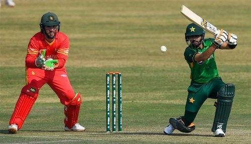 Pakistan will take on Zimbabwe in first T-20 match today