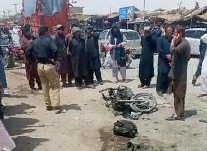 Constable killed, three injured in bomb blast in Killa Abdullah