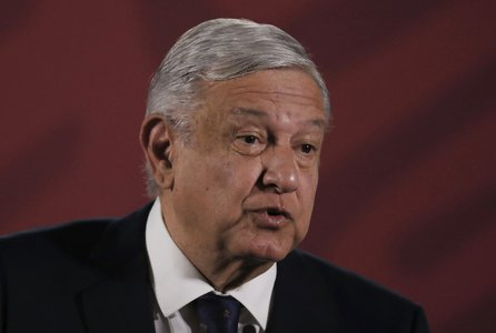 Mexico president vows full probe after 25 die in metro accident